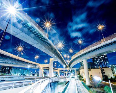 講演「日本経済における回復力と新機軸」を承けたWEB討論